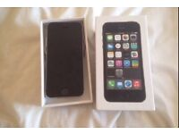 iPhone 5s 16 gb in mint condition