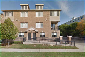 Beautiful Stanley Park - Close To All Amenities