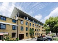 Lovely spacious one bedroom second floor flat in Plaistow E13