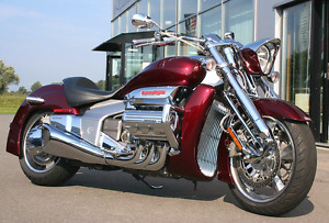 Réparation et entretien! Tous types de motos! Prix compétitifs!