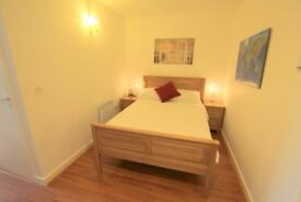 LUXURY STUDIO WITH BALCONY IN SOUGHT AFTER CROUCH END N8 - BE QUICKKKK!!