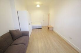 **LOVELY STUDIO IN CROUCH HILL**CALL NOW AND ARRANGE A VIEWING**