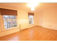 ***STUNNING STUNNING 3 BEDROOM PROPERTY LOCATED IN N19!!!***
