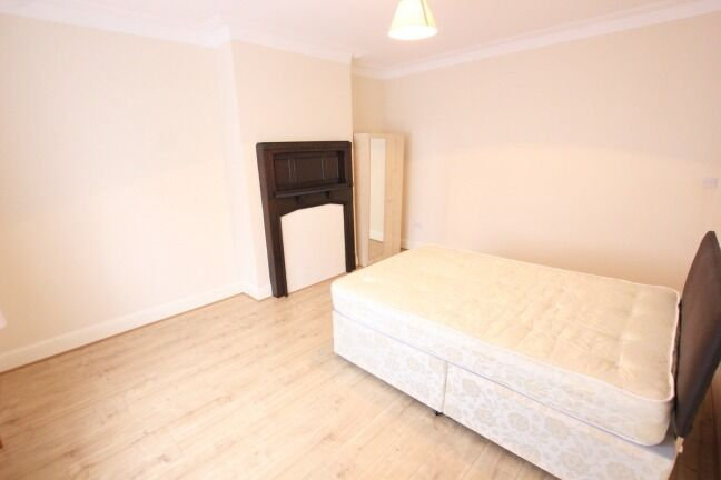 50% OFF ADMIN!!!! REDUCED!!!! MUST VIEW 4 BEDROOM PROPERTY IN FINCHLEY N3!!!