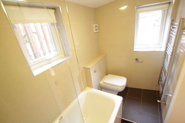 Stunning Ground floor 1 bedroom property in Crouch end n8!!!!!!