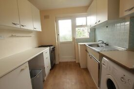 *** SPACIOUS 2 BEDROOM FLAT in MUSWELL HILL!! AVAILABLE 22/02/17!! ***
