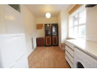 *** CLEAN AND TIDY 2 BEDROOM IN HOLLOWAY*** MUST VIEW!!!!