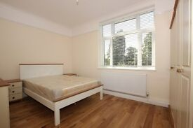 Beautifully presented 2 bedroom property on Palmerston Road N22
