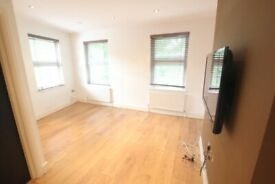 ***DSS WITH RENT/DEPOSIT AND GUARANTOR WELCOME***ONE BEDROOM FLAT IN CROUCH END N8