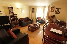*** NO ADMIN FEE *** 2Bed Flat Next To East Finchley Tube Station