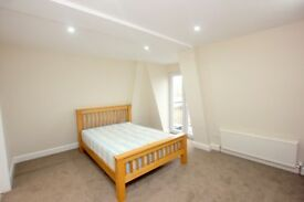 **BRAND NEWLY REFURBISHED 3 BEDROOM FLAT - HOLLOWAY ROAD - 2 BATHROOMS - NO ADMIN FEES!!***