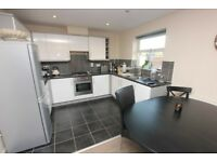 2 DOUBLE BEDROOM MODERN FINISHED FLAT! BE QUICK TO AVOID DISAPPOINTMENT