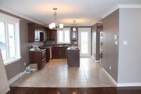 3 Bed+1 Rec+2.5 bath in available in Kenmount area from Dece 1