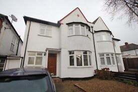 **MUST SEE BEFORE IT GOES** SPACIOUS 4 DOUBLE BEDROOM HOUSE IN FINCHLEY CENTRAL