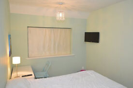 390£ ALL INC REFURBISHED DOUBLE BEDROOM FULLY FURNISHED