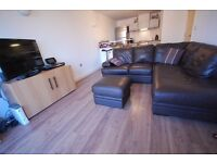 TO LET: Furnished, modern 2 bed apartment with river views in the heart of Uxbridge.