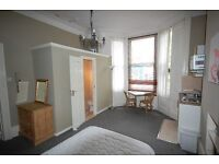 TO LET: Recently refurbished Studio Flat in Maida Vale for 1 person only.