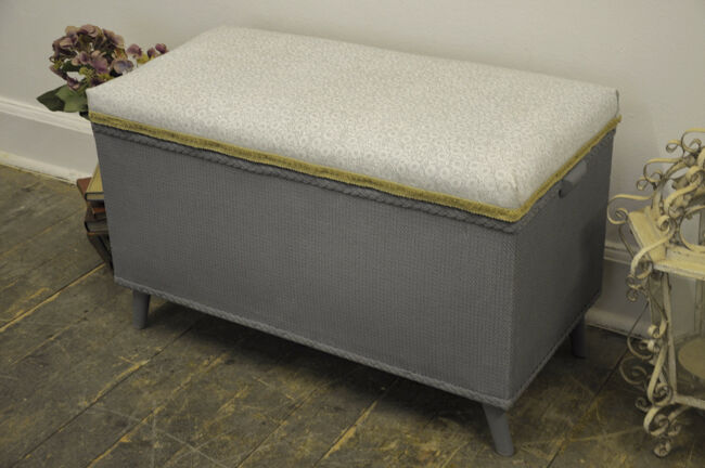 Stunning Vintage Upcycled quotLloyd Loomquot Ottoman in Leith  : 86 from www.gumtree.com size 650 x 432 jpeg 41kB