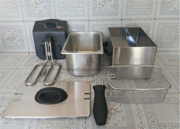New 1.7L Stainless Steel Deep Fryer With Oil Filtration 220V