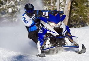 Motoneigre Viper Yamaha comme neuve - Faites une offre