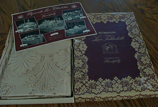 """SO GORGEOUS Vintage Lace Tablecloth 86""""  Plymouth Quaker c1940 PRISTINE UNUSED"""