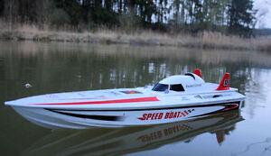 RC Rennboot EXCEED RACING BOAT V2 ferngesteuertes Schiff Sportboot Speedboot