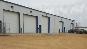 MULTIPLE INDUSTRIAL BAYS FOR LEASE