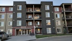 Beautiful, never lived in condo w/ underground parking, upgrades