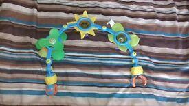 Baby Pram / Travel Play Toy Clip