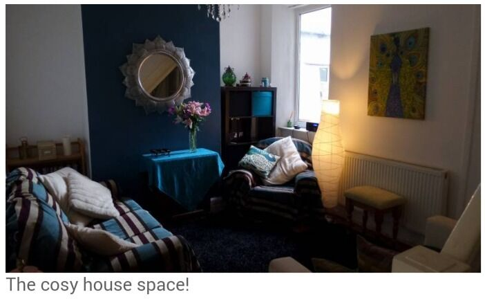 £405 ALL BILLS INCLUDED! Double room in friendly female houseshare!