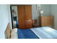 Double room to let in quiet, shared Balgreen flat.