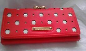 new and boxed women's purse