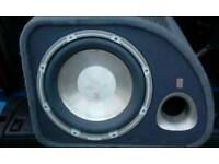 Sub built in amp, trap 012 active in good condition