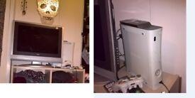 flat screen tv 22 inch and x box 360