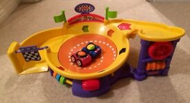 Fisher Price Little Zoomers Spinning Speedway