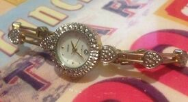 Vialli Ladies set bracelet watch