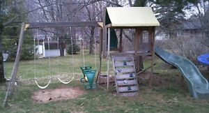 Wooden Swingset / Play Centre