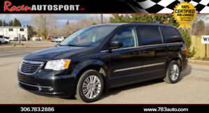 NO PST!!! 2015 CHRYSLER TOWN & COUNTRY- LEATHER -YORKTON