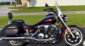 2009 Yamaha V-Star 950 Touring LOW KMS