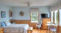 Waterfront Serene Air Conditioned Cottage
