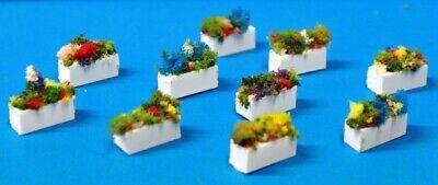 281DM Ich 1:87 Set 10 Vasen mit Pflanzen Zierleiste Maßnahmen der Mm. 15 X 6.3 (Pflanzen Maßnahmen)