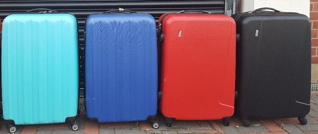 LUGGAGE LARGE EXPANDABLE RED/BLUE/BLACK 4 WHEELED SUITCASE