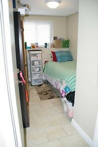 5 bedroom, 2 bathroom furnished apartment, SO close to campus!