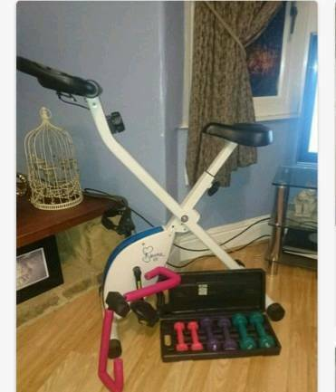 Davina magnetic folding exercise bike plus extras