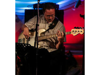 Experienced, versatile bassist available for gigs and recording