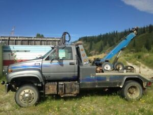 FOR SALE: 1997 GMC C6500 Century Wrecker Tow Truck