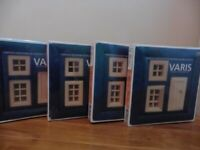 VARIS Set of 2 Wooden Windows and 1 Door