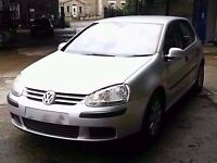 2006 MK5 VW GOLF 1.9 TDI IN SILVER BREAKING FOR PARTS