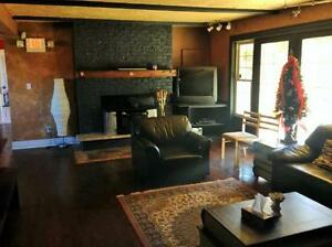 3 Bed Blue Mountain Chalet With View Of The Mountain