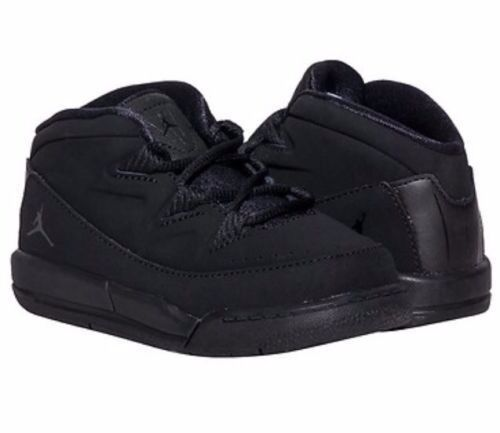 Kids size 5.5 black jordan deluxe trainersin Ipswich, SuffolkGumtree - Kids size 5.5 Black jordan deluxe Excellent condition hardly worn complete with box